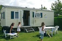 Camping le Curtys : Mobil-home